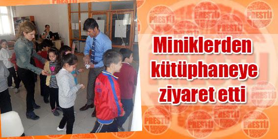Minikler kütüphaneyi ziyaret etti