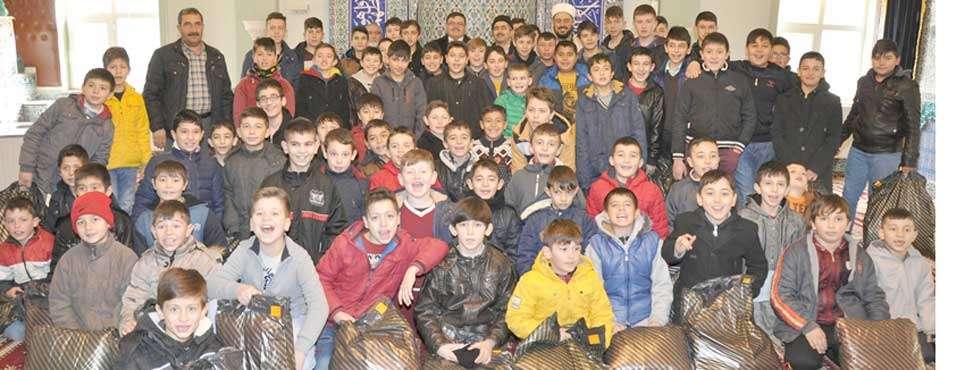 """Erkmen'de """"Haydi Namaza"""" programına yoğun katılım"""