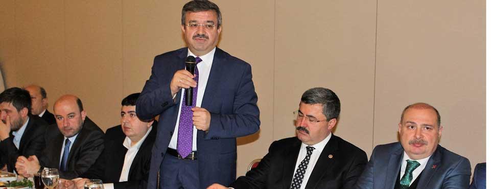 STK toplantısında Ali Özkaya konuştu