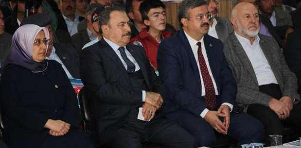 Bakan Eroğlu: Bize vermedikleri silahları terör örgütlerine veriyorlar