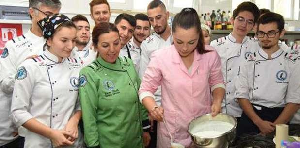 Öğrenciler Boşnak mutfağını öğrendi