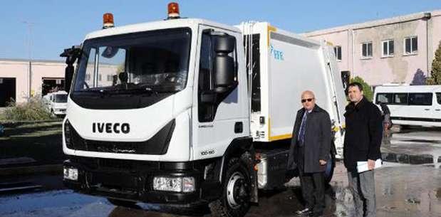 Afyonkarahisar'dan Konispol'e çöp arabası