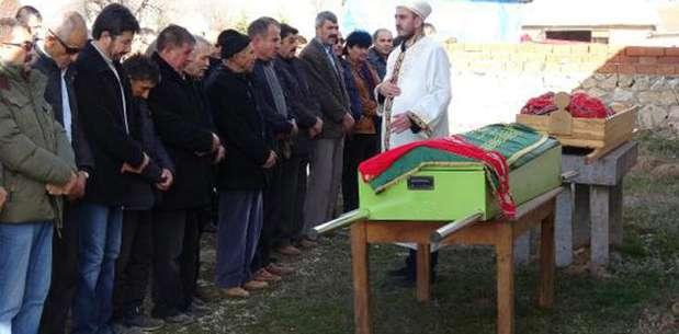 Zonguldak'ta öldürülen anne- kız, yan yana toprağa verildi