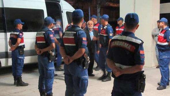 Silah kaçakçılığı operasyonuna 16 tutuklama