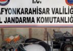 Afyonkarahisar'da kaçak kazıya suçüstü