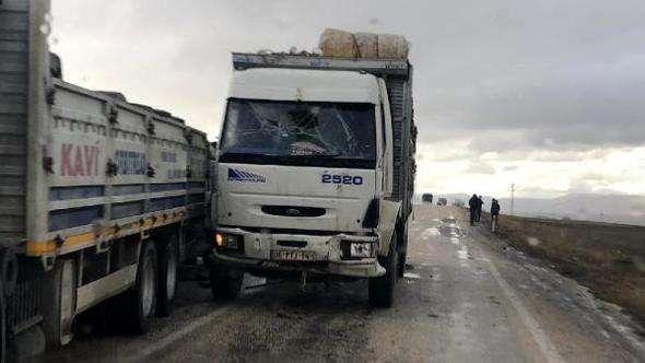 Dinar'da zincirleme kaza: 2 yaralı