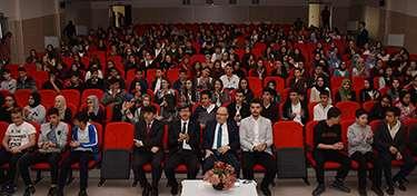 Vali Tutulmaz Yazar Serkan Şengül'ün Konferansına Katıldı