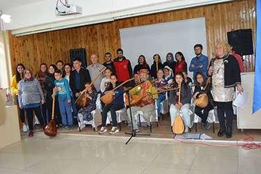 Afyonkarahisar Gençlik Merkezi Huzurevini ziyaret etti