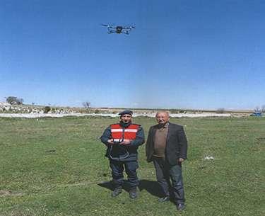 Drone ile kayıp hayvanlar bulundu