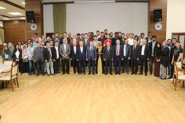 AEV yönetimi, misafir öğrencilerle bir araya geldi