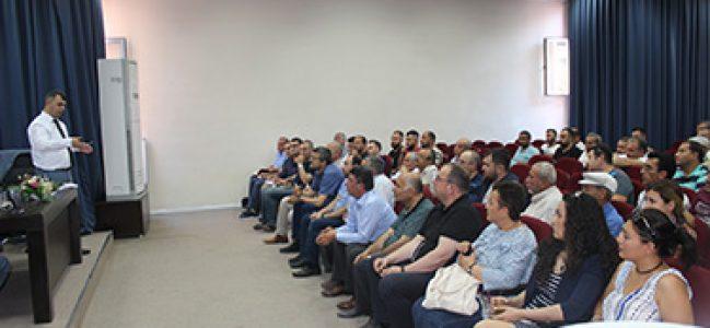 EMİRDAĞ'DA BELEDİYE-ESNAF ELELE TOPLANTISINA İLGİ VAR