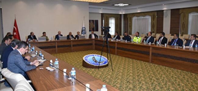 Üniversite Güvenlik Toplantısı Vali Tutulmaz'ın Başkanlığında Yapıldı
