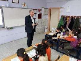 Ayşegül Arsoy İlkokulu'nda Çocuklarda Sağlıklı Beslenme ve Obezite Eğitim Semineri