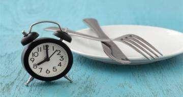 """""""Aralıklı oruç diyeti olumsuz yan etkilere yol açabilir"""""""