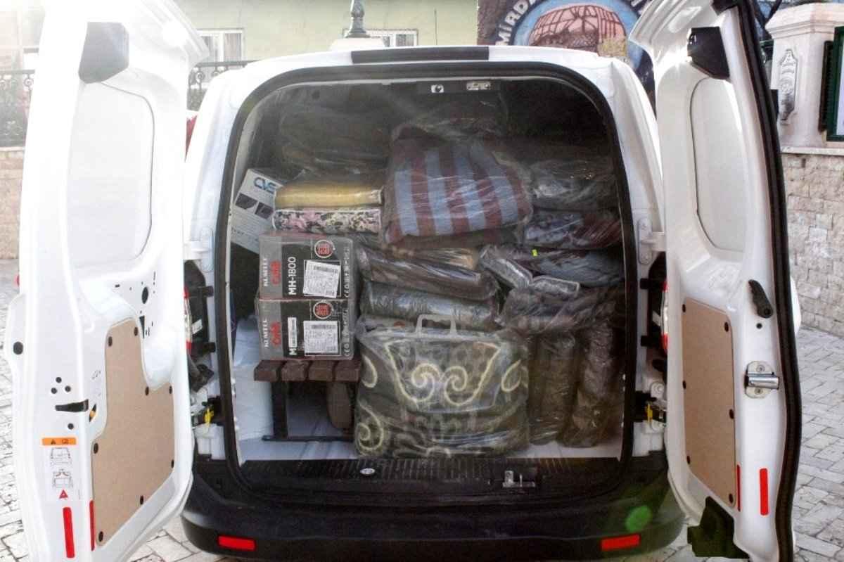 Emirdağ Belediyesi'nin deprem kampanyasına büyük destek