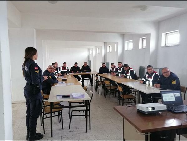 Jandarma eğitimlerine devam ediyor