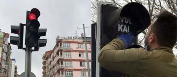 TRAFİK IŞIKLARIYLA KORONAVİRÜSE KARŞI 'EVDE KAL' ÇAĞRISI