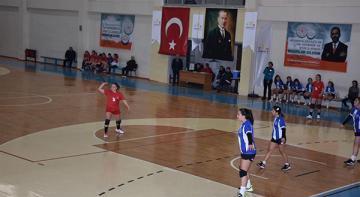 Okul Sporları Hentbol Müsabakaları Afyon'da