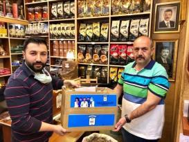 Afyonkarahisar'da sağlık çalışanlarına ücretsiz kuru kahve ikramı
