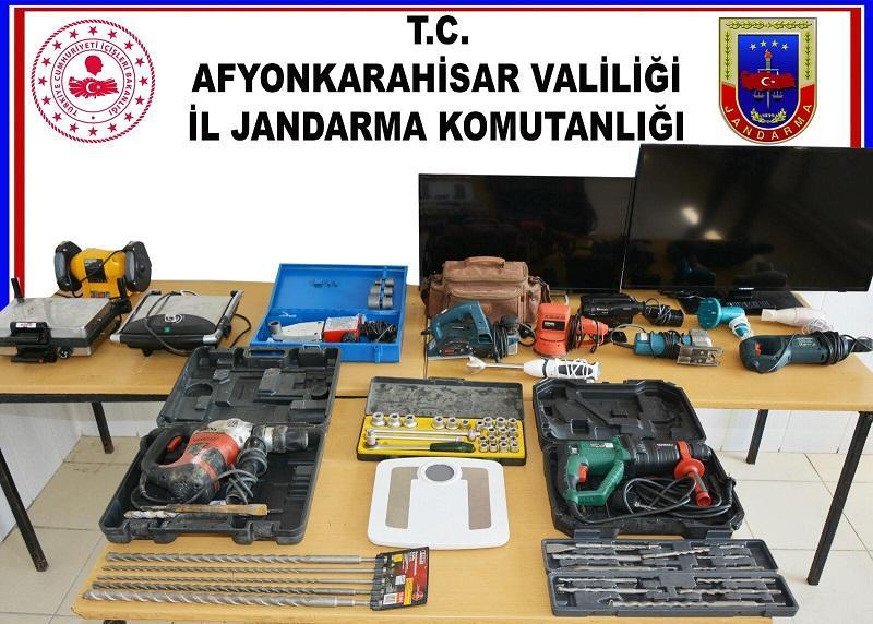 Hocalar ilçesinde hırsızlık