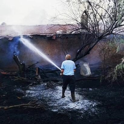 Bolvadin'de ev yangını
