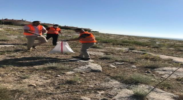Emirdağ'ının muhtelif yerlerinde gönüllü temizlik