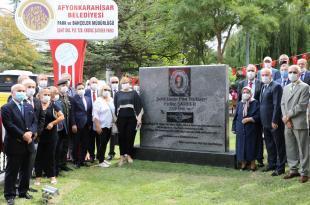 Şehit Yüzbaşıya Arkadaşları Anıt Yaptırdı