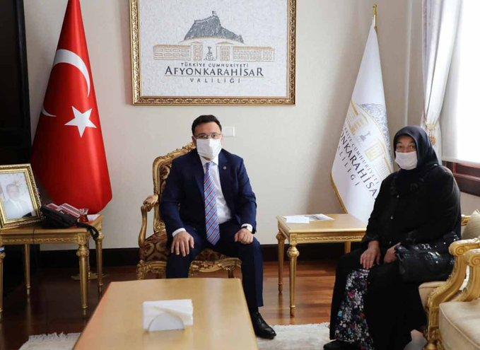 Şehit Metin Çalış'ın annesi Döne Çalış'dan Vali Çiçek'e ziyeret