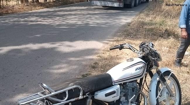 Şuhut'ta motosiklet ile kamyon çarpıştı: 1 ölü, 1 yaralı